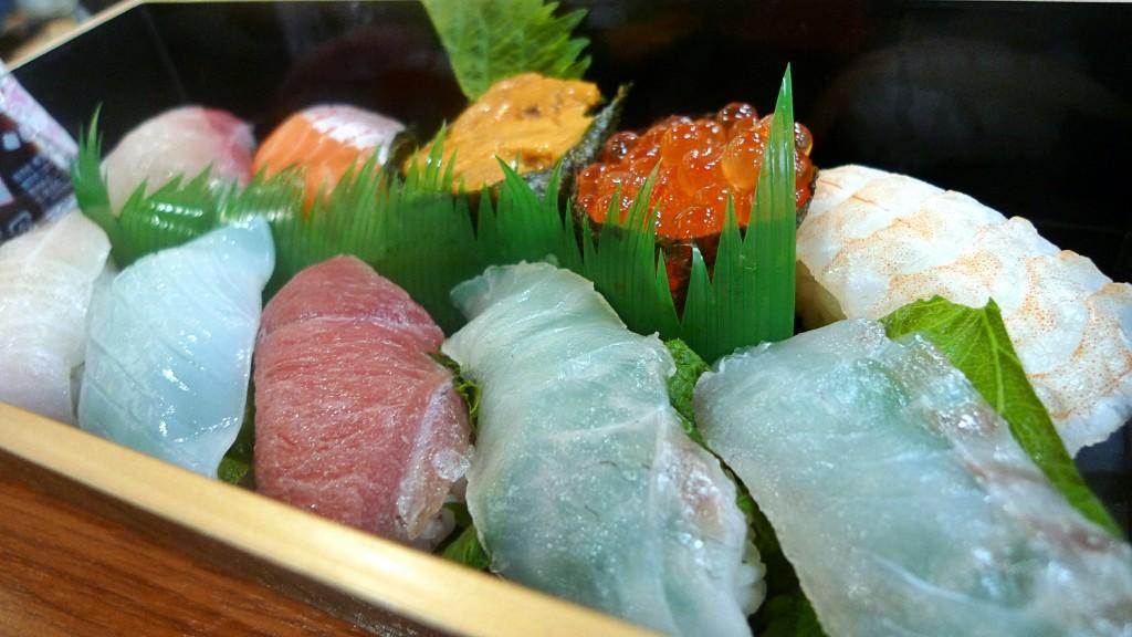 伊都菜彩の寿司