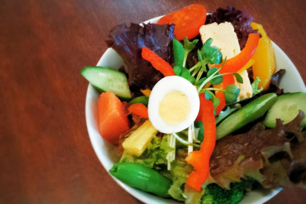キネマカフェのサラダ