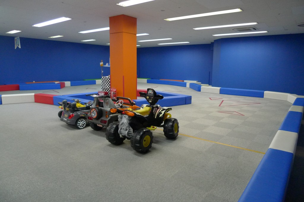 電動レーシングカー