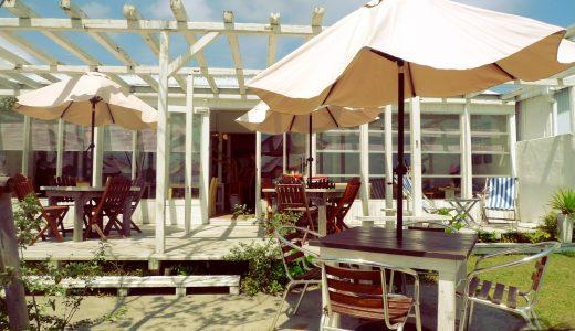 ロケーション抜群のカフェ「サンフラワー(sunflower)」!目の前が海のテラス席でお洒落ランチ|今津