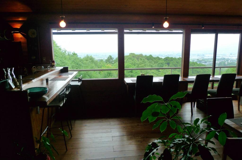 みのう山荘のカフェ