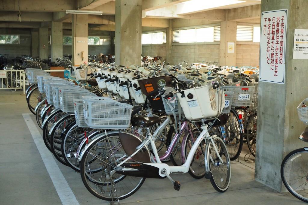 サイクリングセンターの中