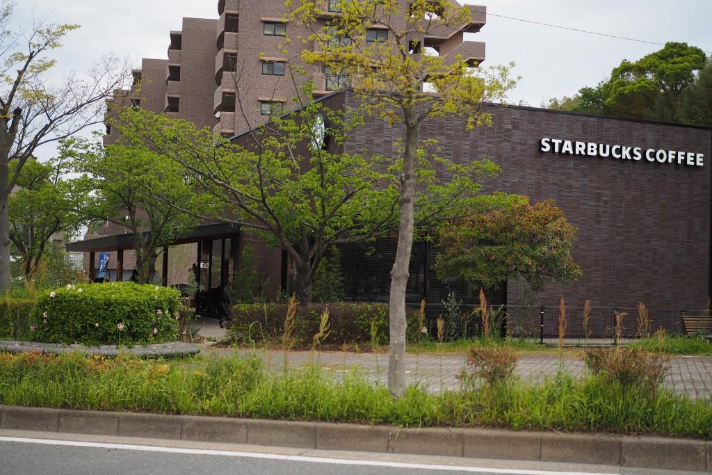スターバックス博多の森店