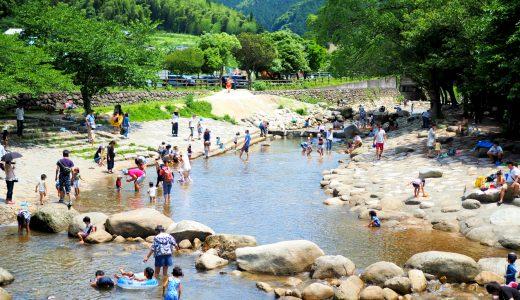 小さな子供でも楽しめる福岡の川遊びスポット「中ノ島公園」|那珂川町