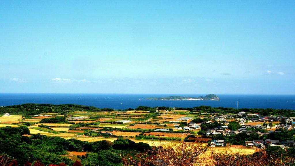 のどかな加部島の田園風景