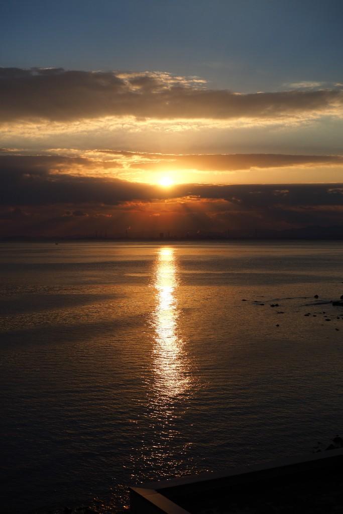 別府湾の朝日