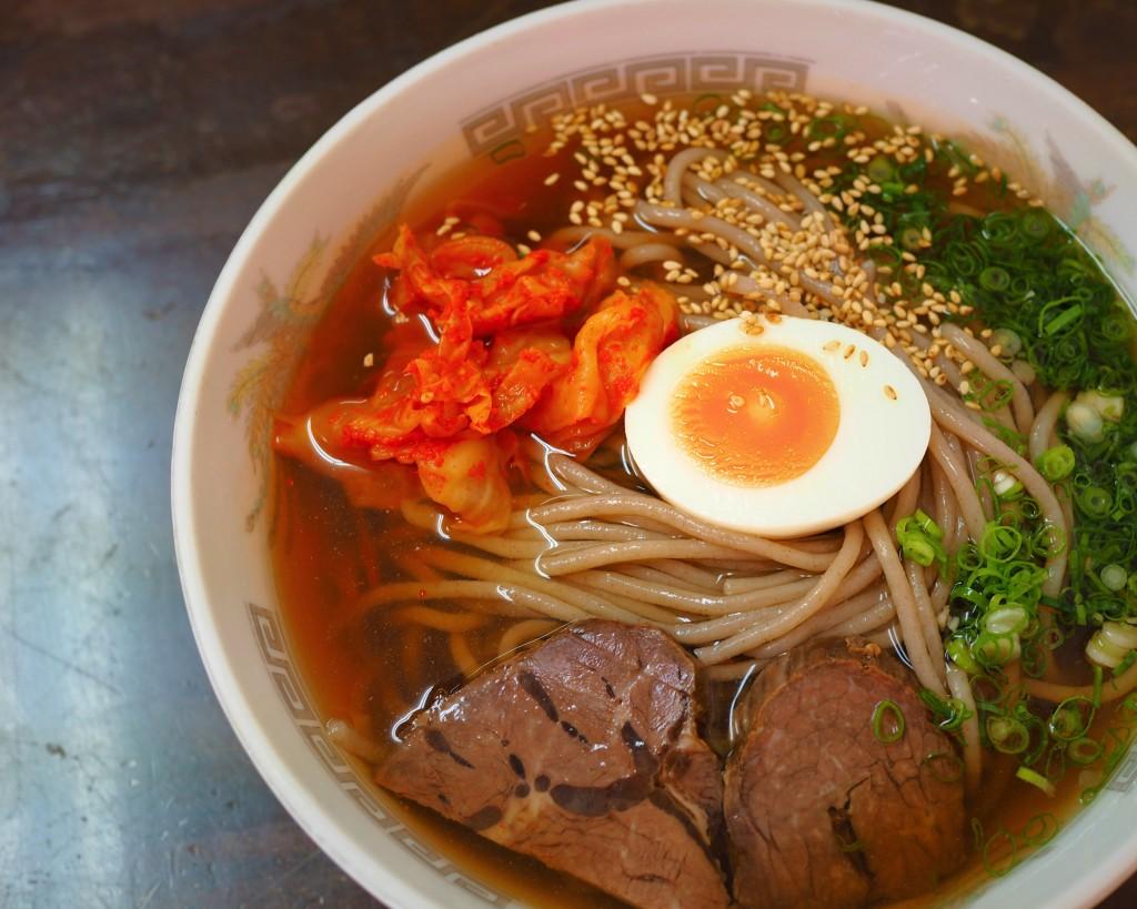 六盛の冷麺