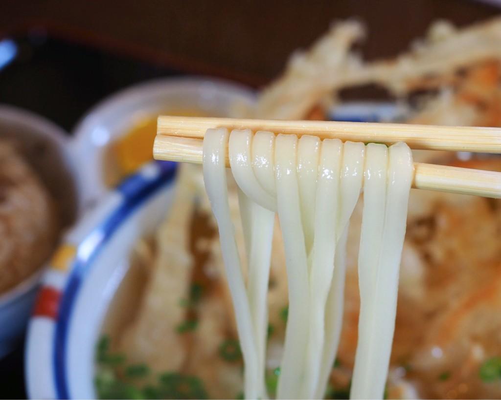 コシのある細麺