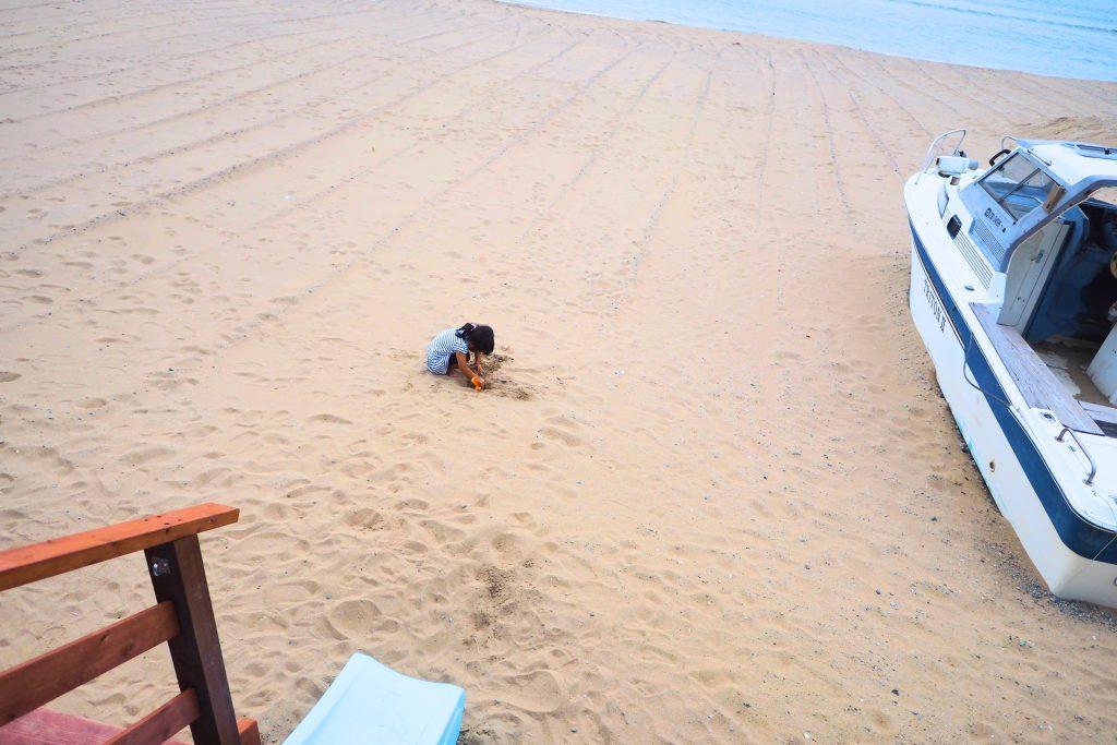 砂浜を独占
