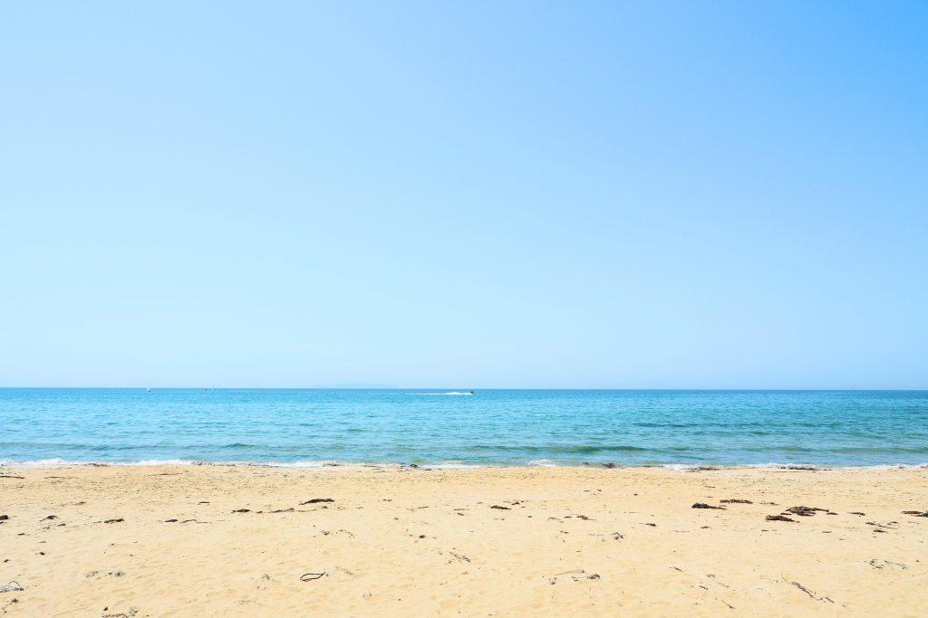 目の前の福間海岸