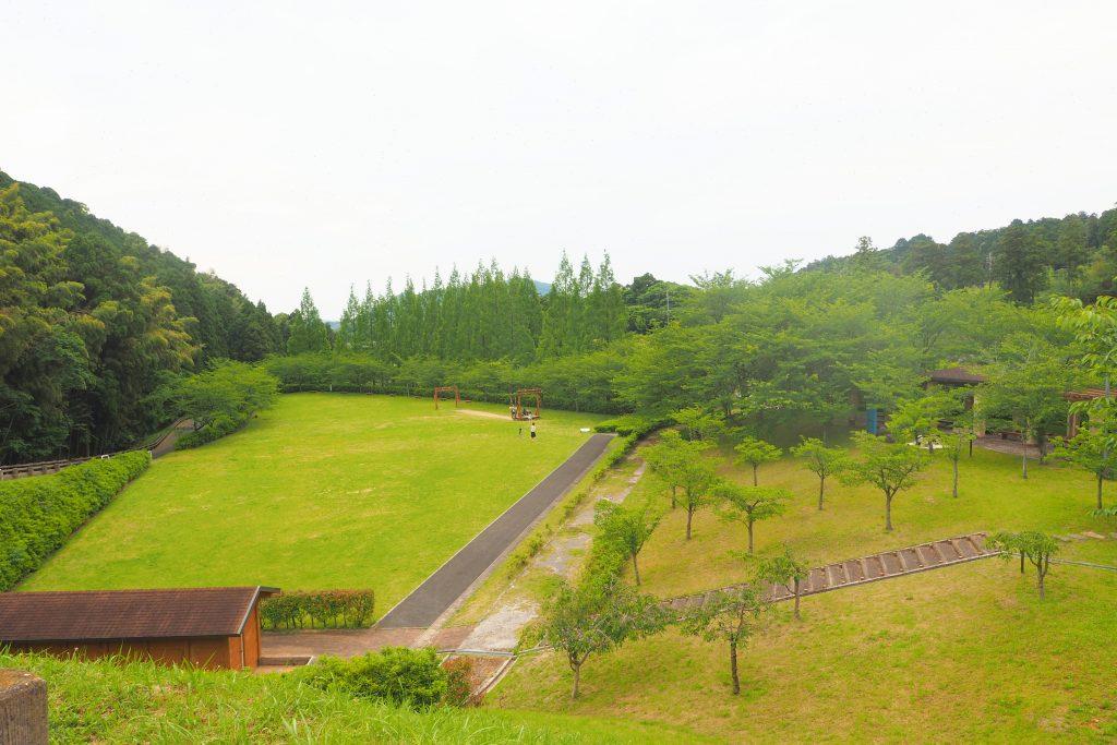 太陽の丘(芝生広場)