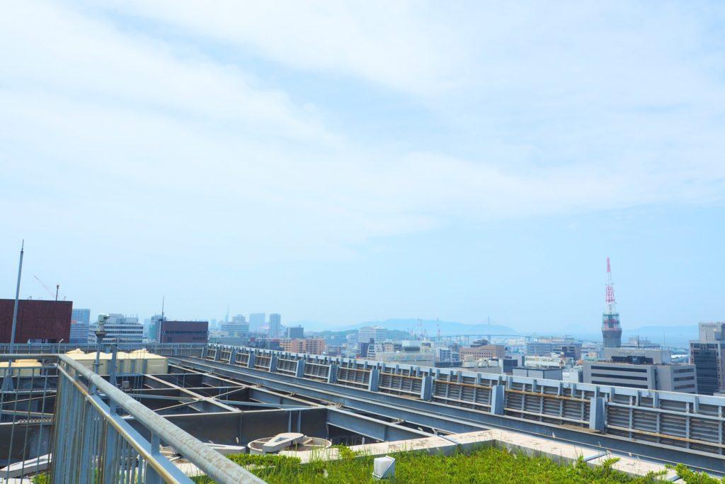 福岡タワーとヤフオクドーム
