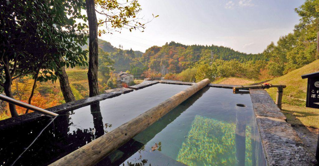 「森の湯」の立ち湯(男湯)