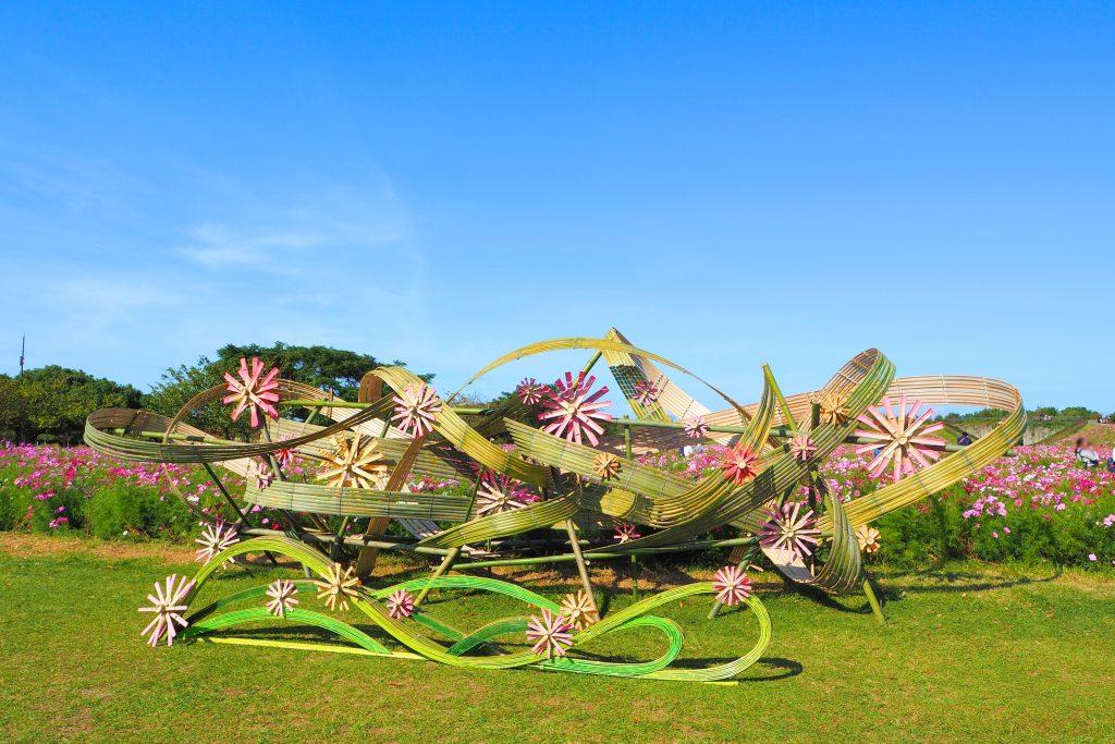 花と竹のオブジェ
