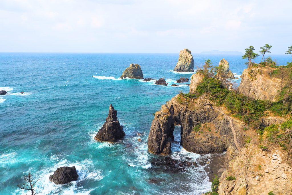 青海島「象の鼻」