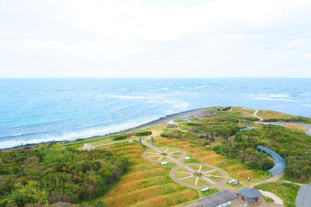 角島灯台から日本海を一望
